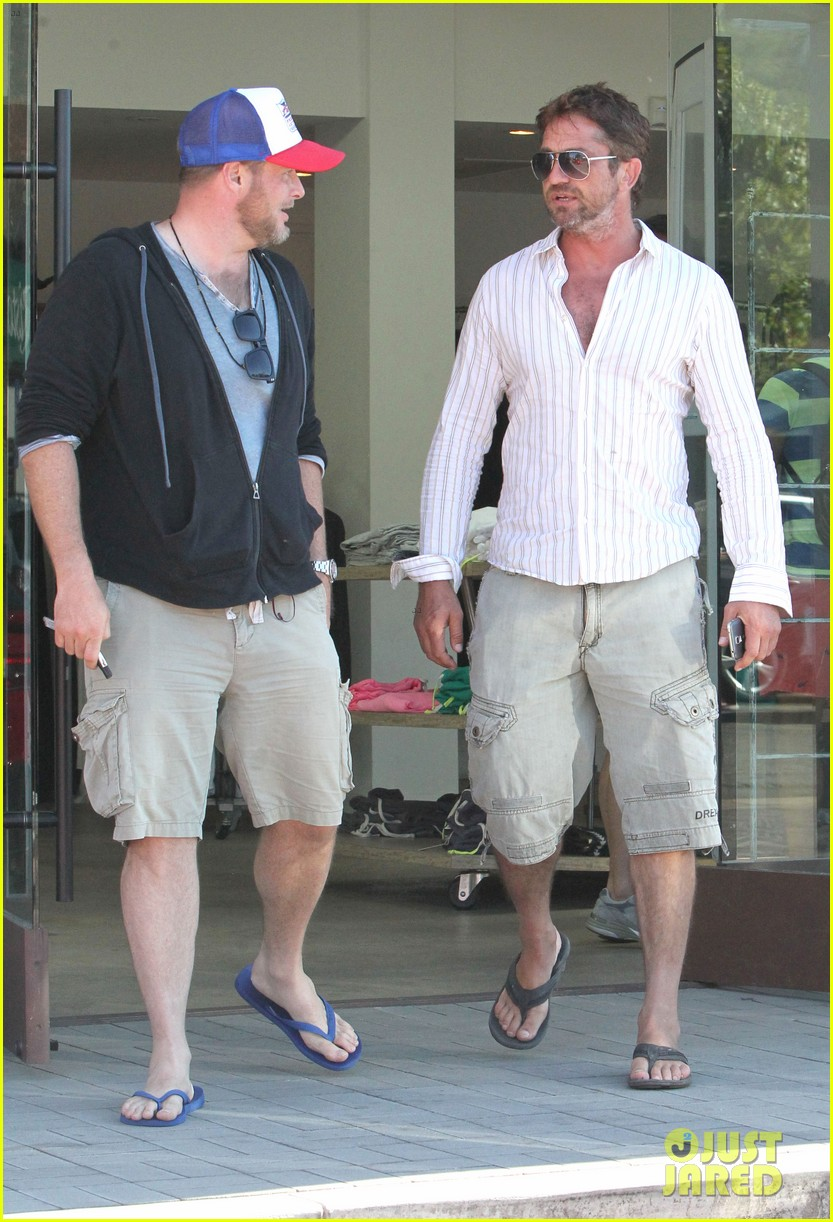 gerard butler chest hair shopping malibu 253177943