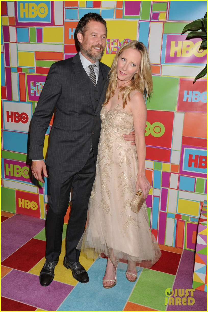 judy greer anne heche put on their best for hbos emmys 03
