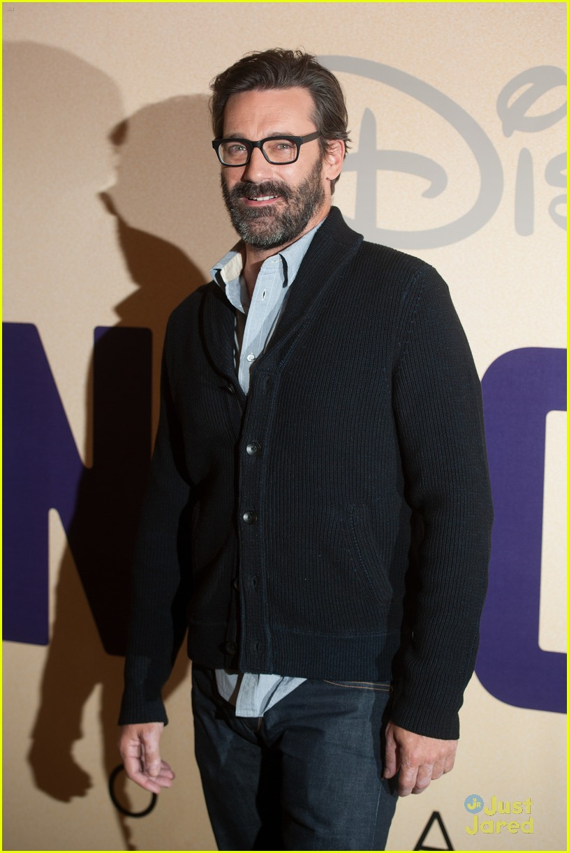 jon hamm million dollar arm gala screening 06