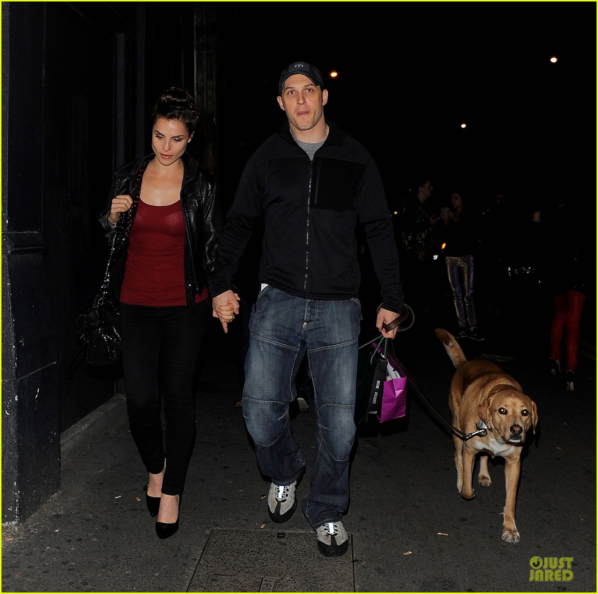 tom hardy charlotte riley hold hands in london 01