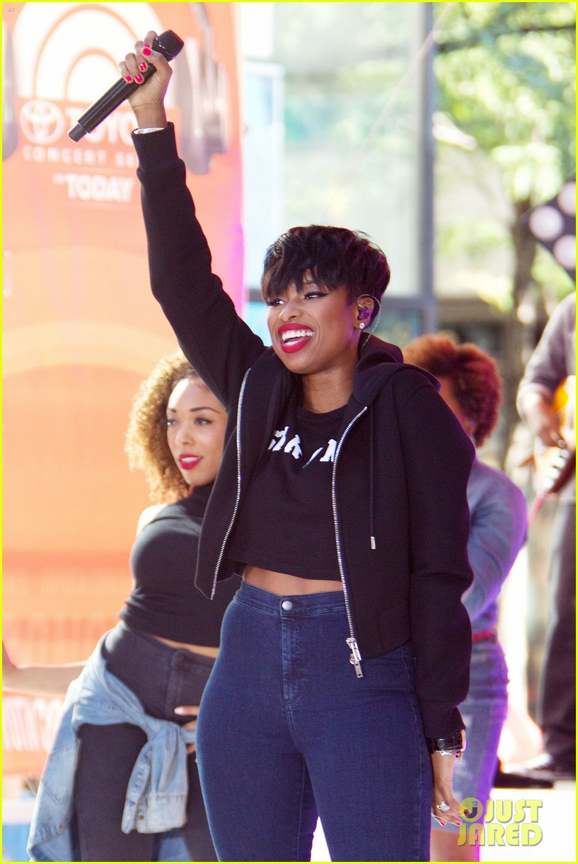 jennifer hudson debuts new song today show27