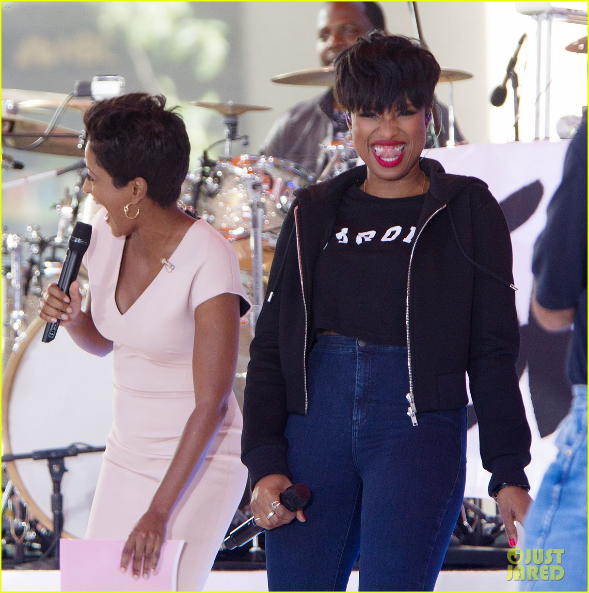 jennifer hudson debuts new song today show28
