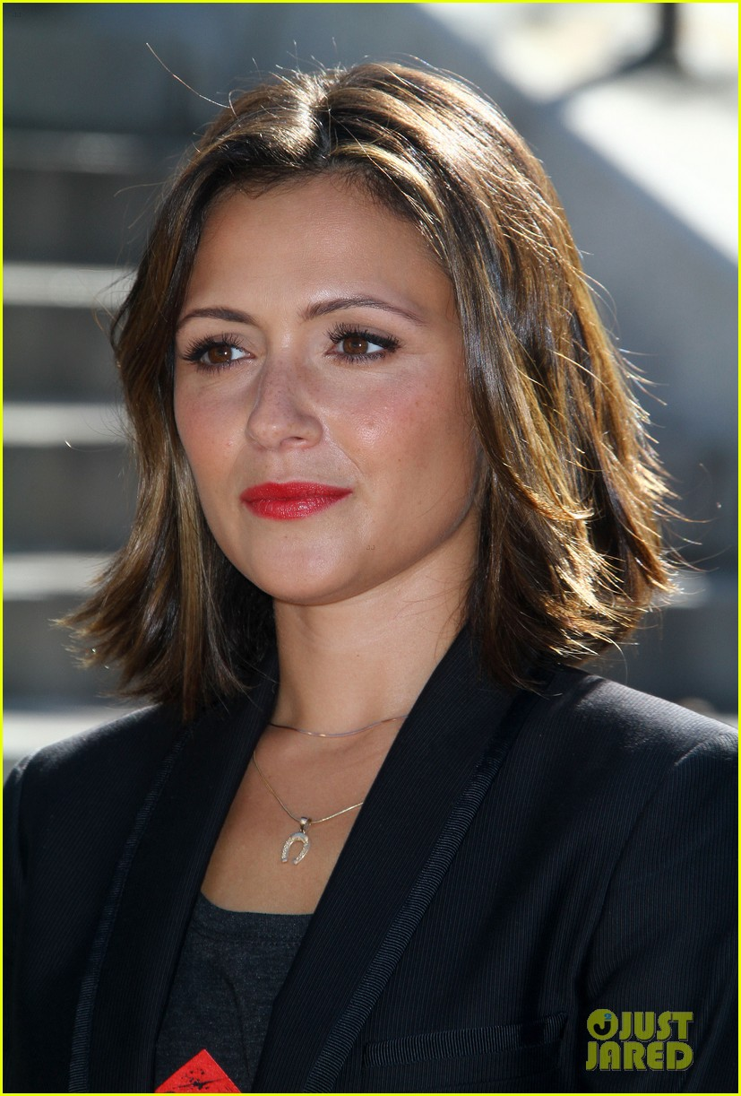 Get the scoop about chasing life s italia ricci engagement ring from