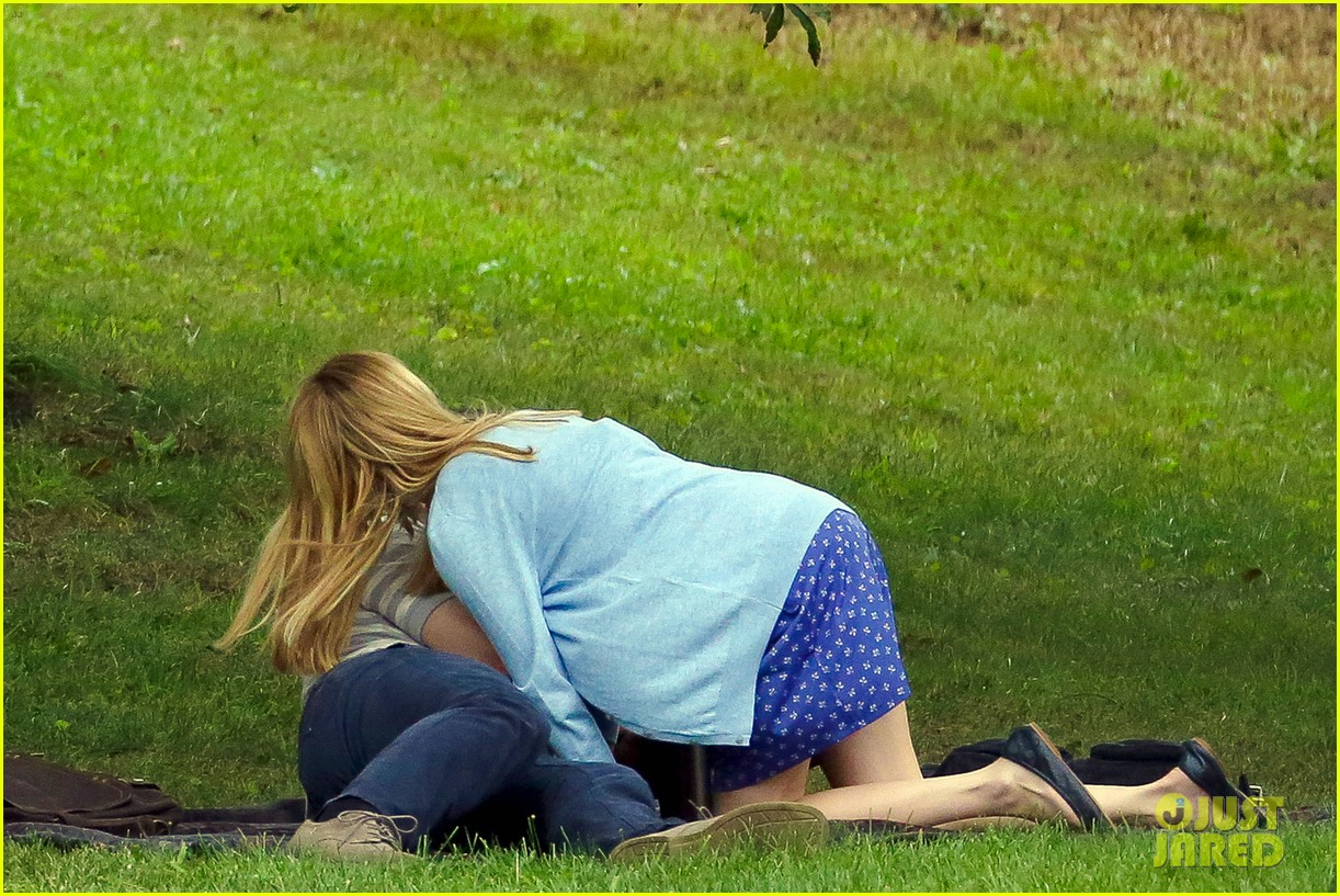 james franco emma roberts kiss park michael filming 08