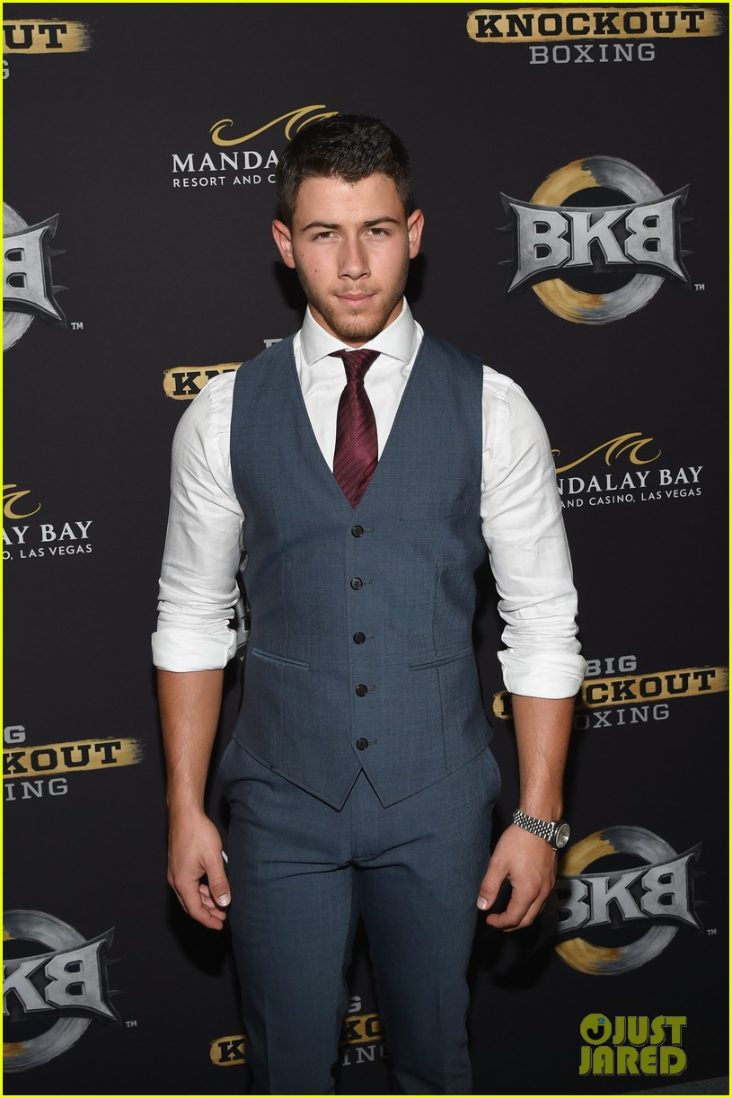 nick jonas olivia culpo big knockout boxing bkb 03
