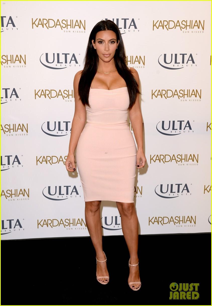 kim kardashian feels younger because of her dermatologist 073171912