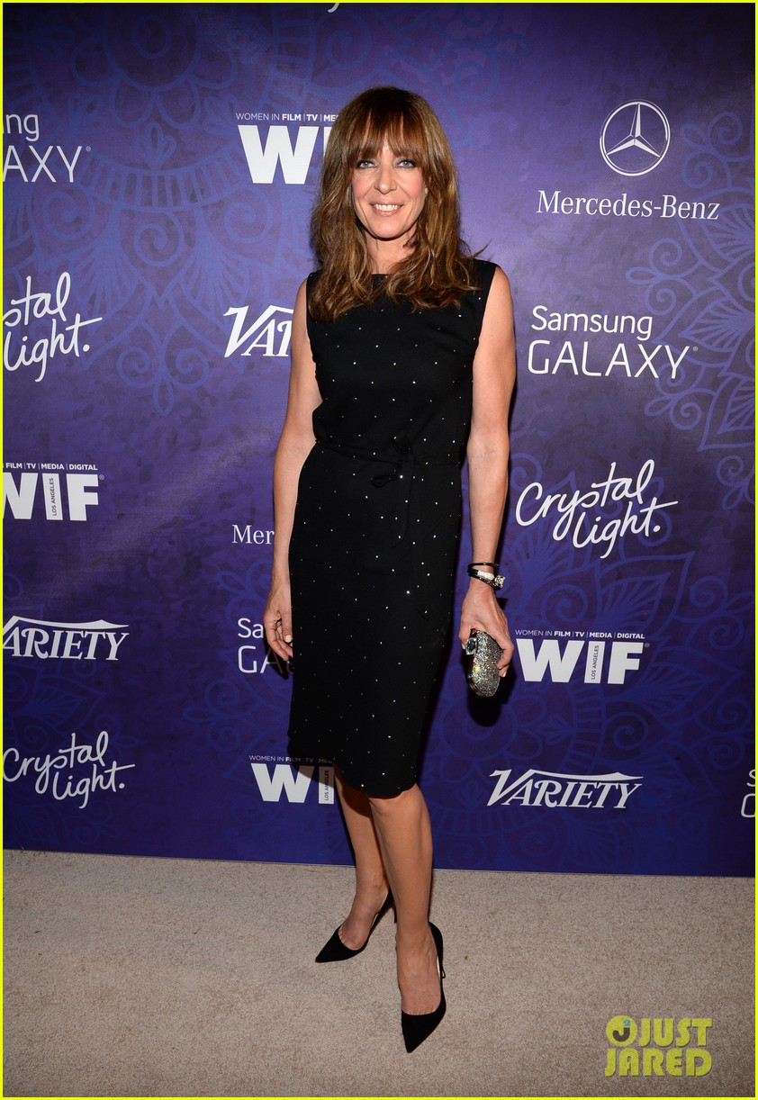 kate walsh lena dunham variety emmys party 2014 09