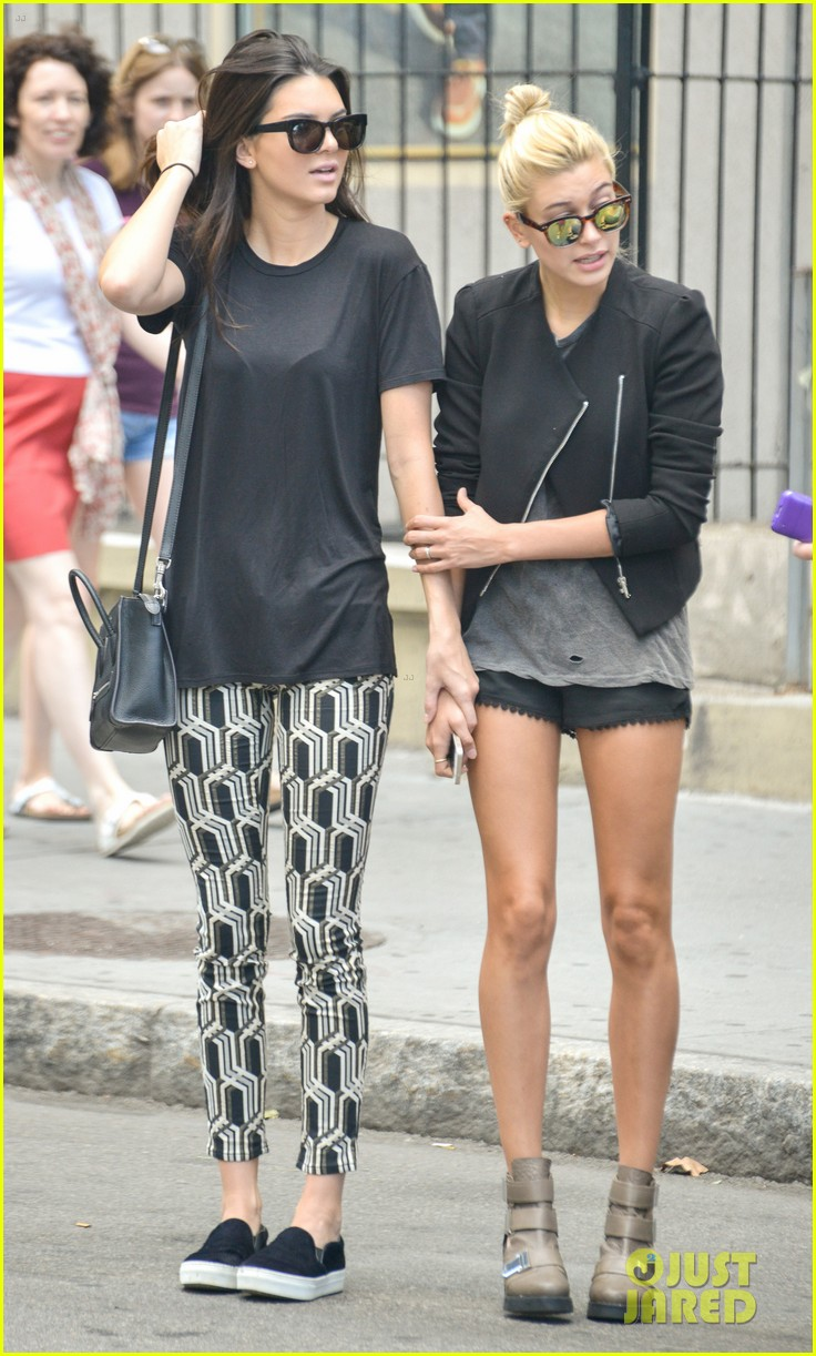 kendall jenner hailey baldwin cab just kendall now 01