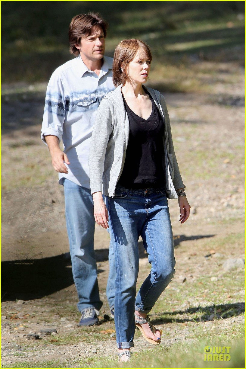 nicole kidman jason bateman wrap up week on family fang set 20
