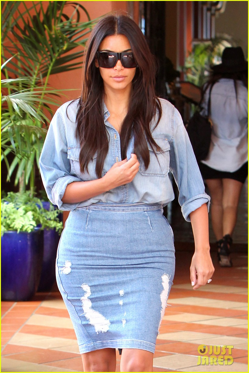 kim kardashian does double denim lots of cleavage on family outing 01