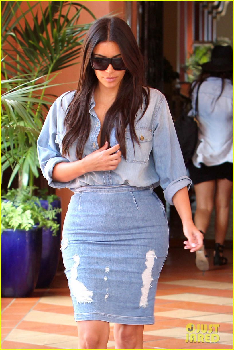 kim kardashian does double denim lots of cleavage on family outing 09