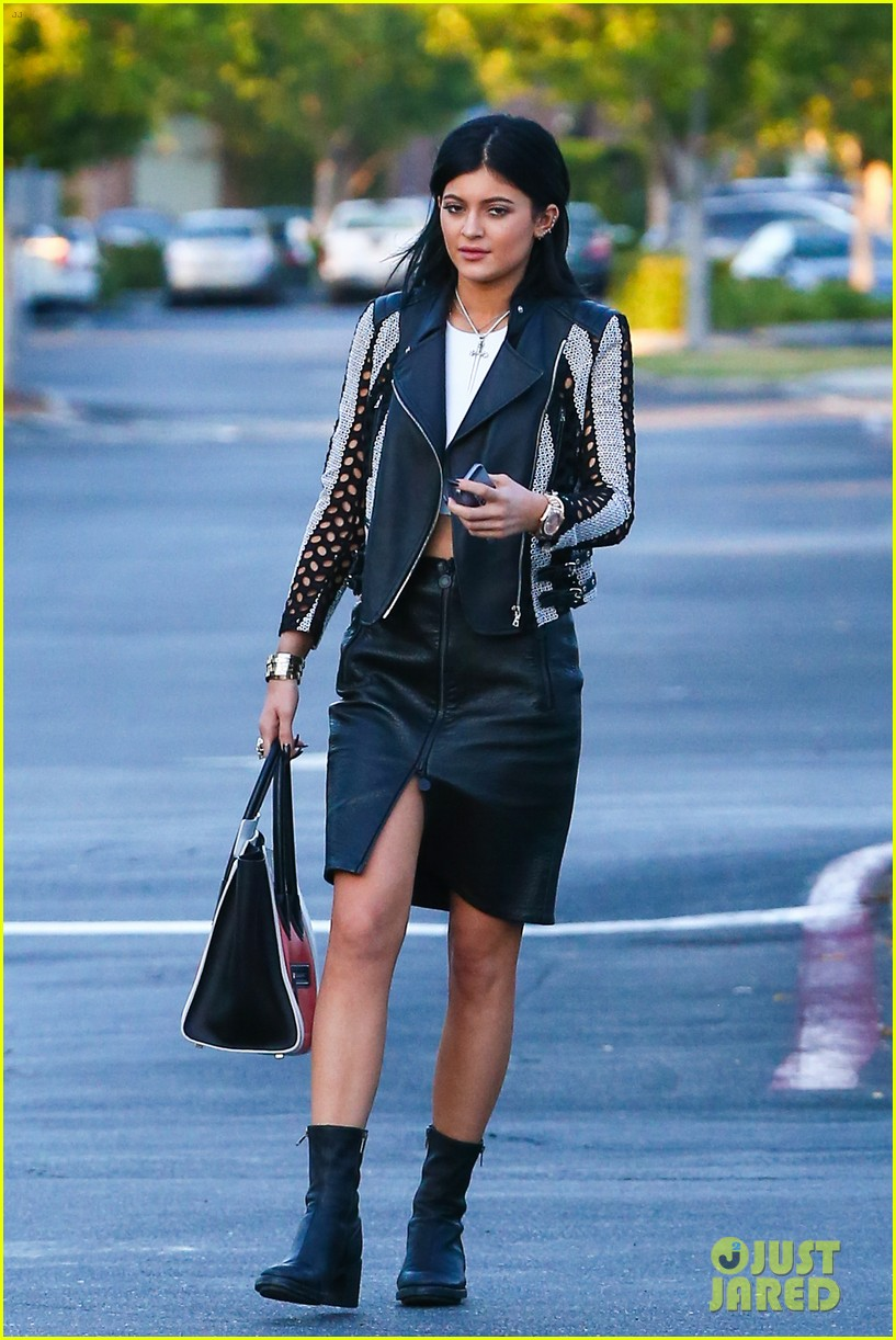 kylie kendall jenner madden girl bts video 103184646