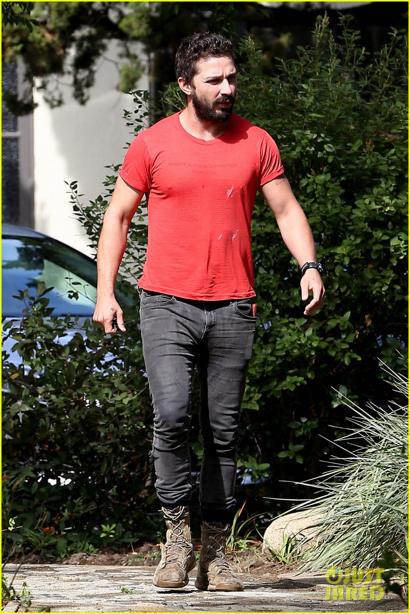 shia labeouf mia goth lunch date 113185258
