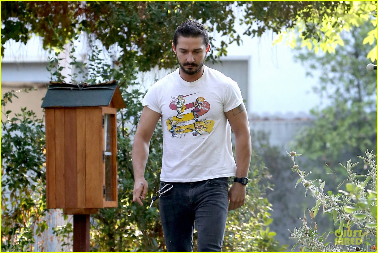 shia labeouf brings the jetsons to meeting 06