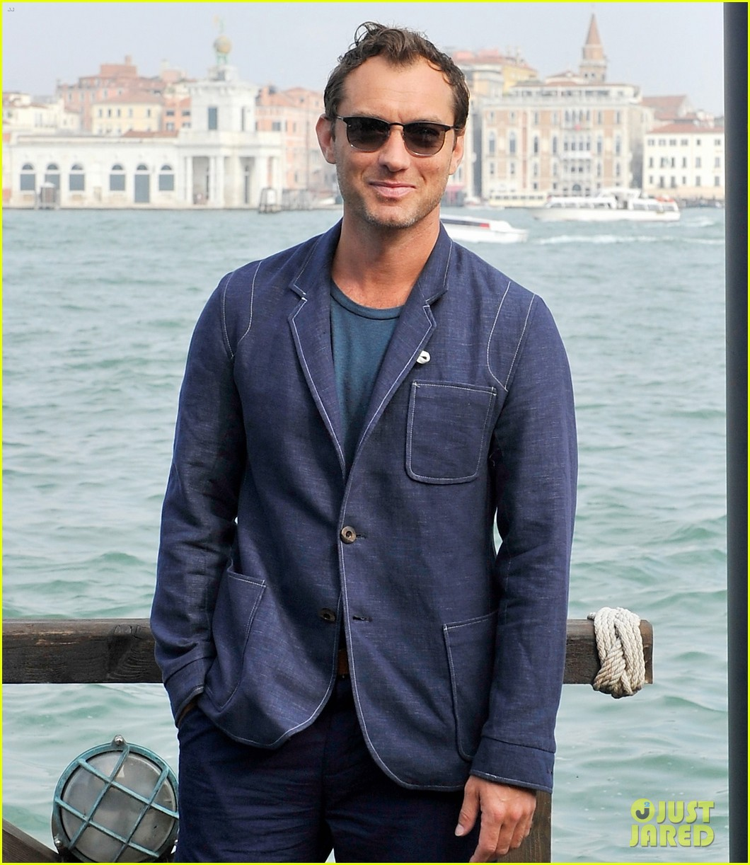 jude law debuts the gentlemans wager at the venice film festival 08