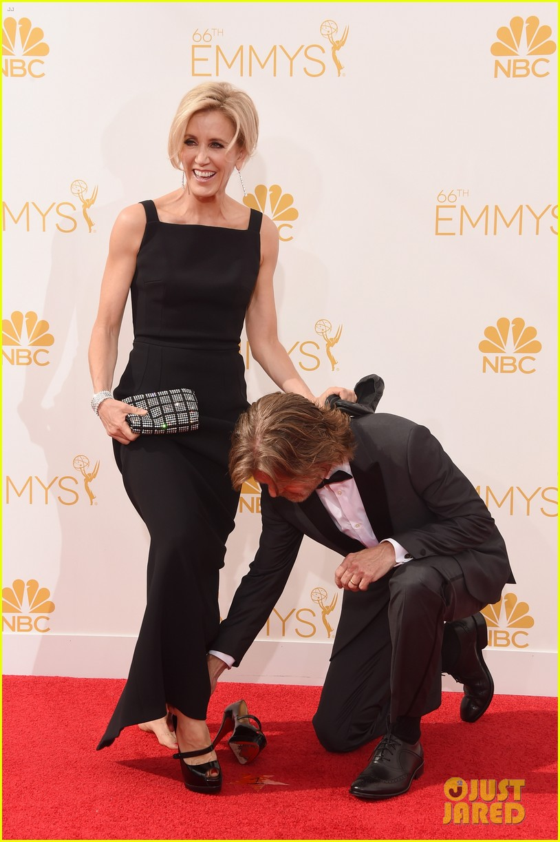 matt leblanc william h macy brings wives to emmys 2014 033183674