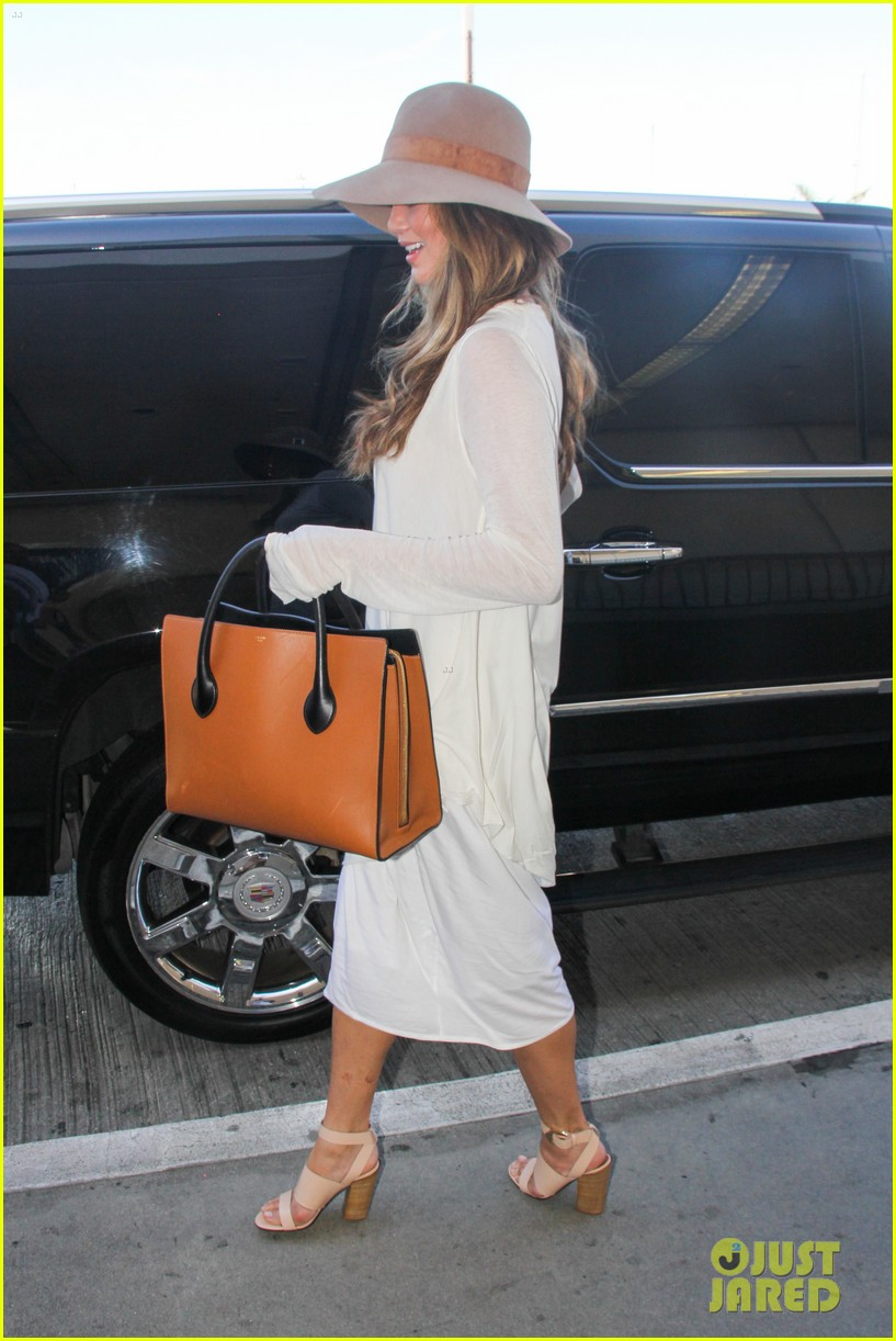 chrissy teigen john legend la to miami 123186500