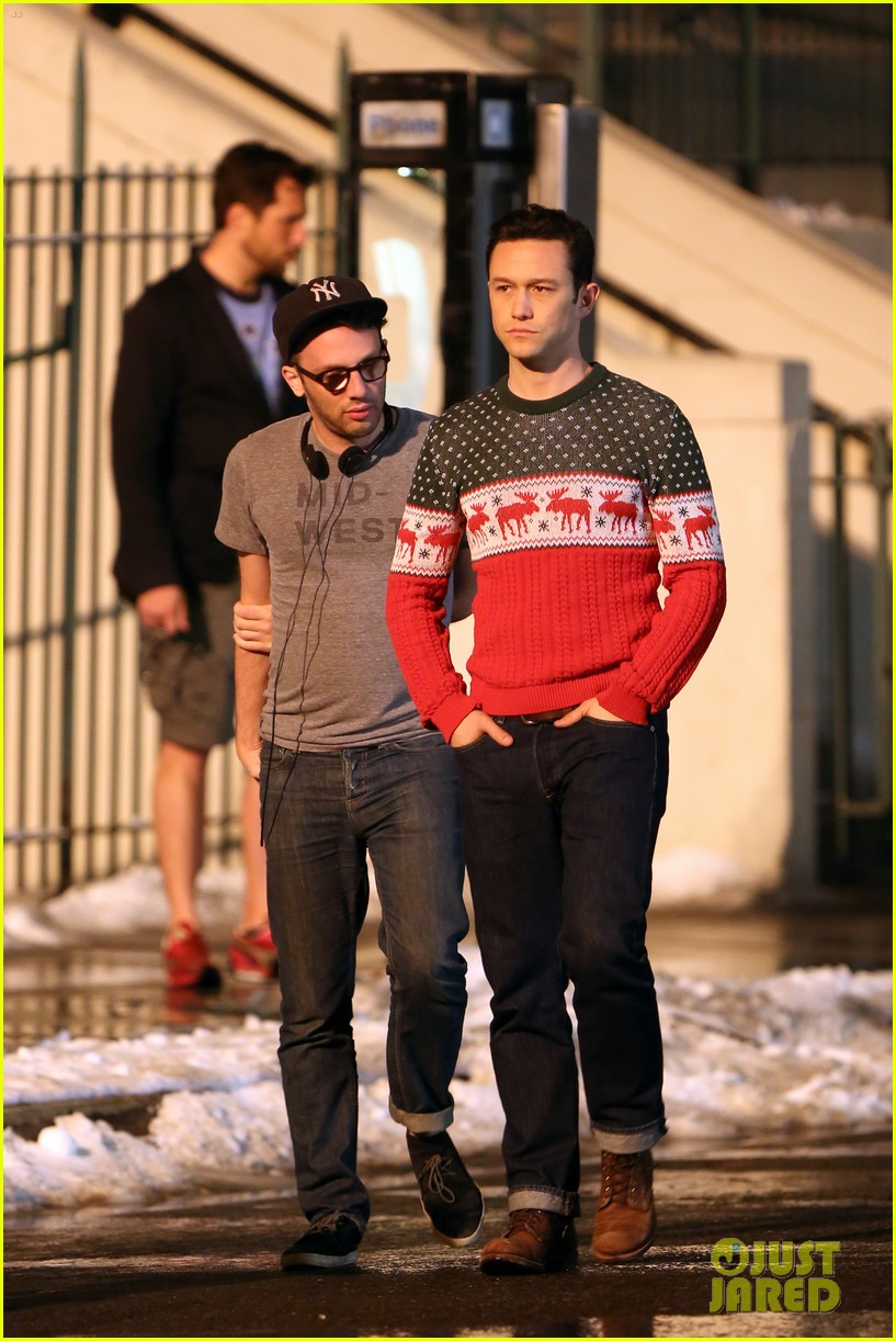 joseph gordon levitt anthony mackie seth rogen christmas movie 233186400