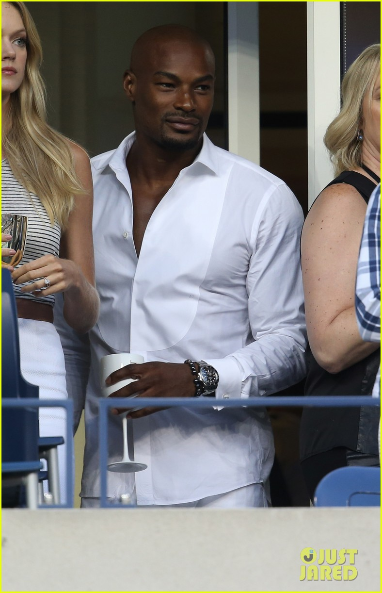 model lindsay ellingson tyson beckford enjoy us open 073186102