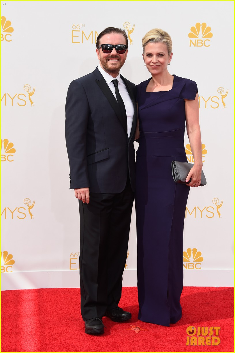 louis ck wins outstanding writing at emmys 2014 08