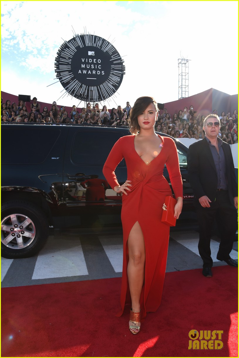 demi lovato red hot mtv vmas 053182459
