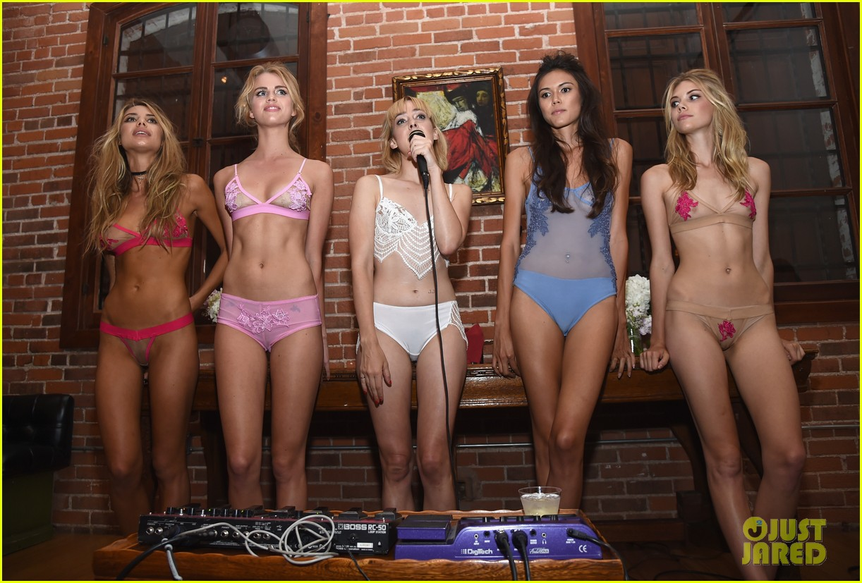 Teen Lingerie Party 8