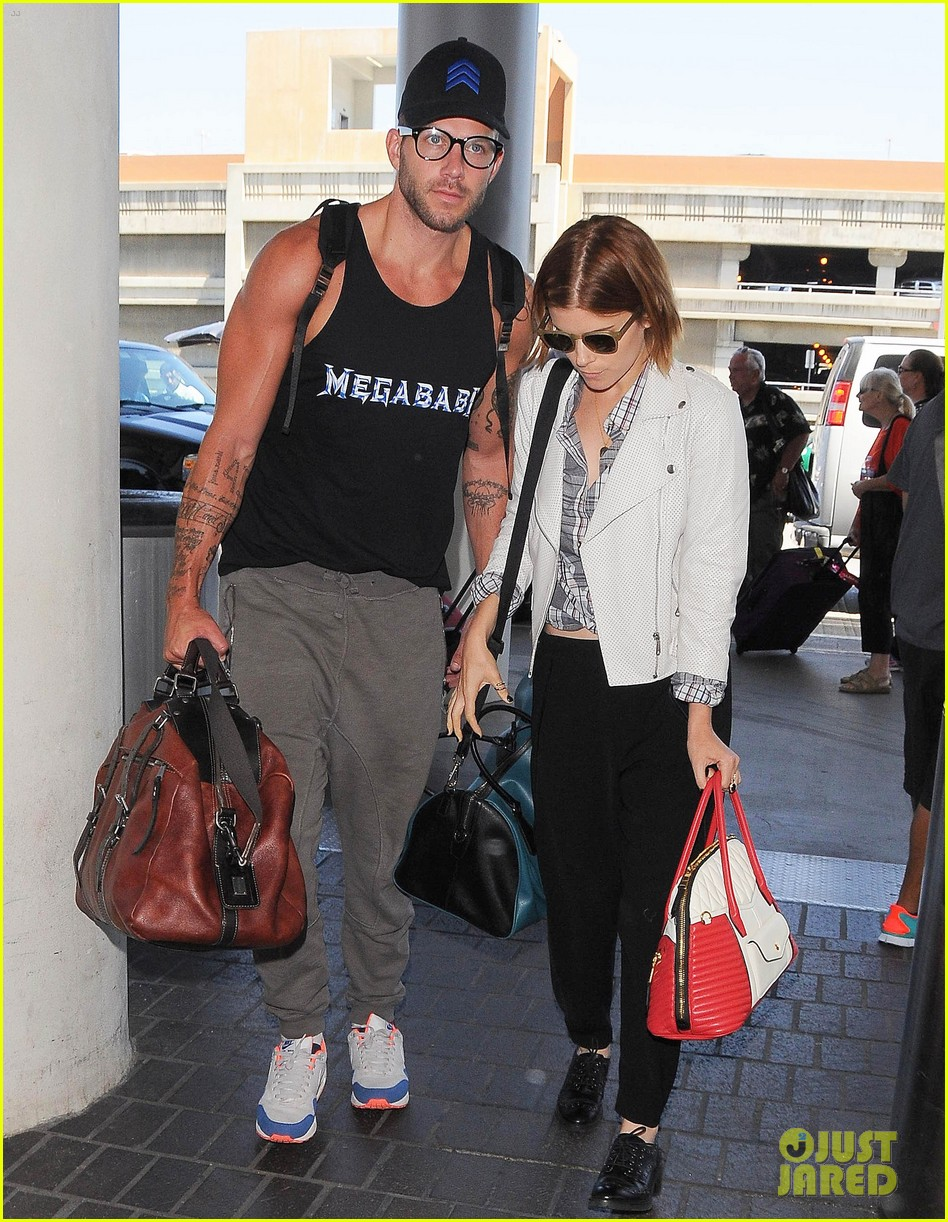 kate mara robin wright fly out of los angeles 083185191