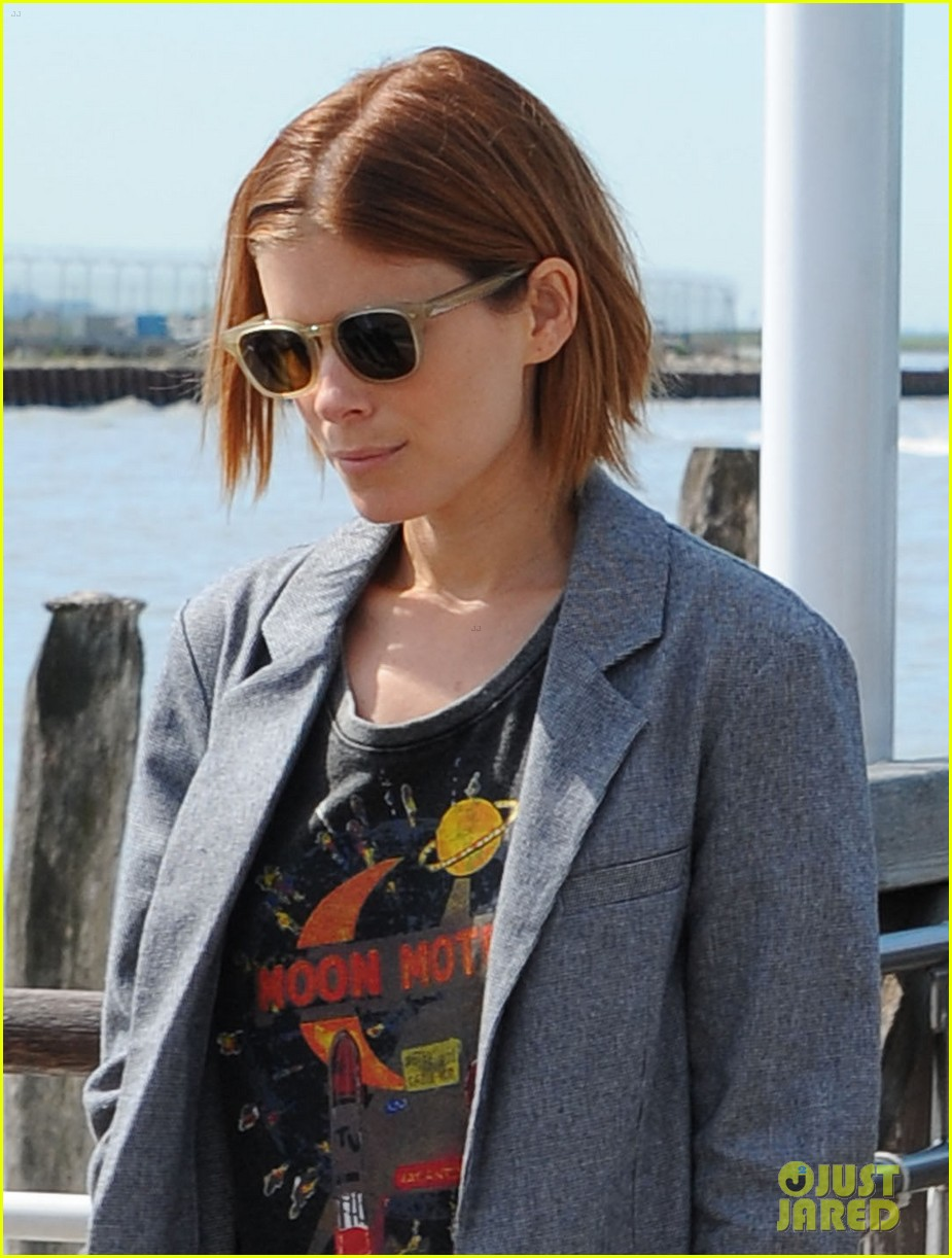 kate mara holds hands with bff johnny wujek after breakup 02