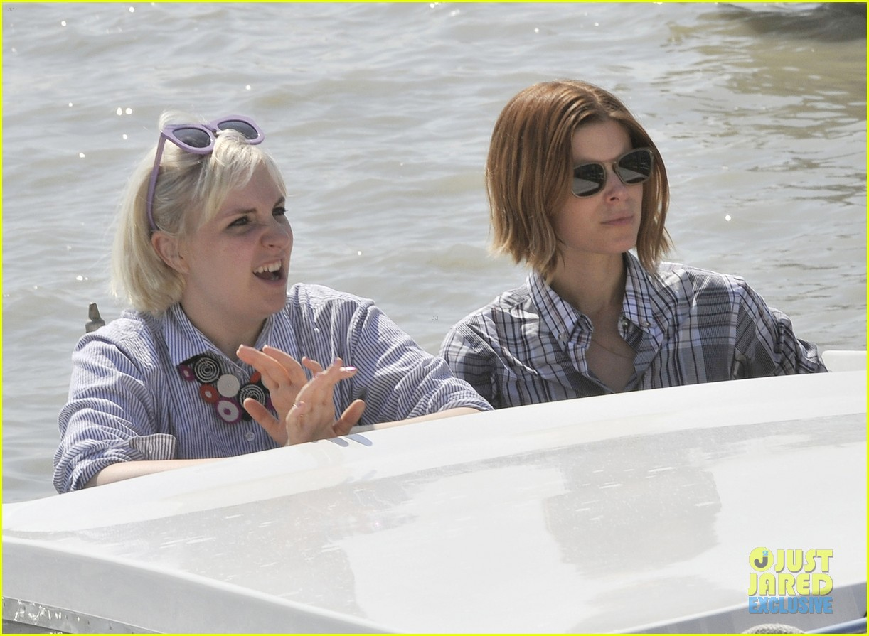 kate mara lena dunham have a load of fun together venice 113185567
