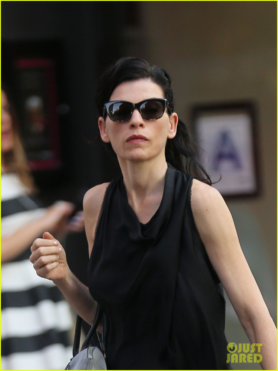 julianna margulies is getting criticized for her emmys speech 15