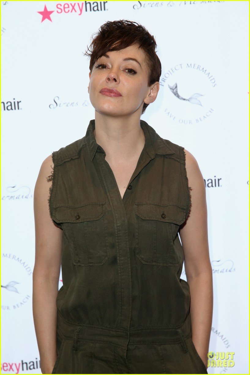 rose mcgowan rocks shorter hair 063181499
