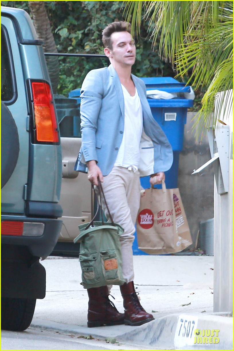 jonathan rhys meyers grabs groceries after another me hits theaters 133181618