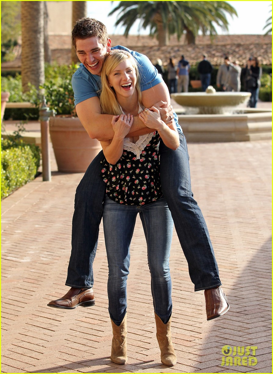 heather morris engaged to taylor hubbell 033184991