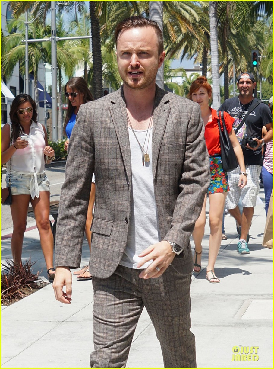 aaron paul shows why h...