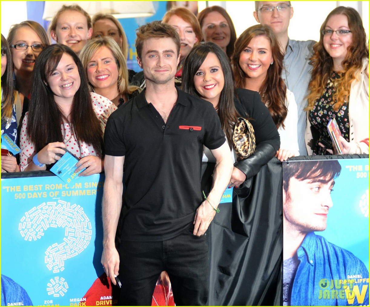 daniel radcliffe pose with fans what if dublin ireland 17