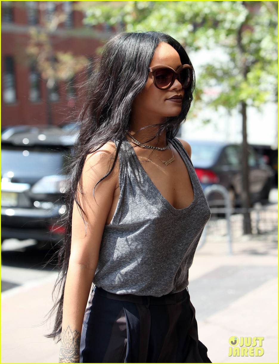 rihanna goes braless in new york city 133179703