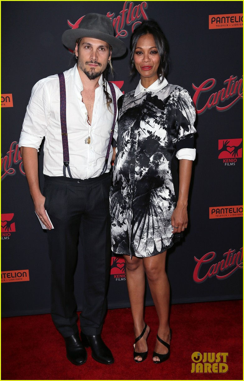zoe saldana baby bump husband red carpet 013185210