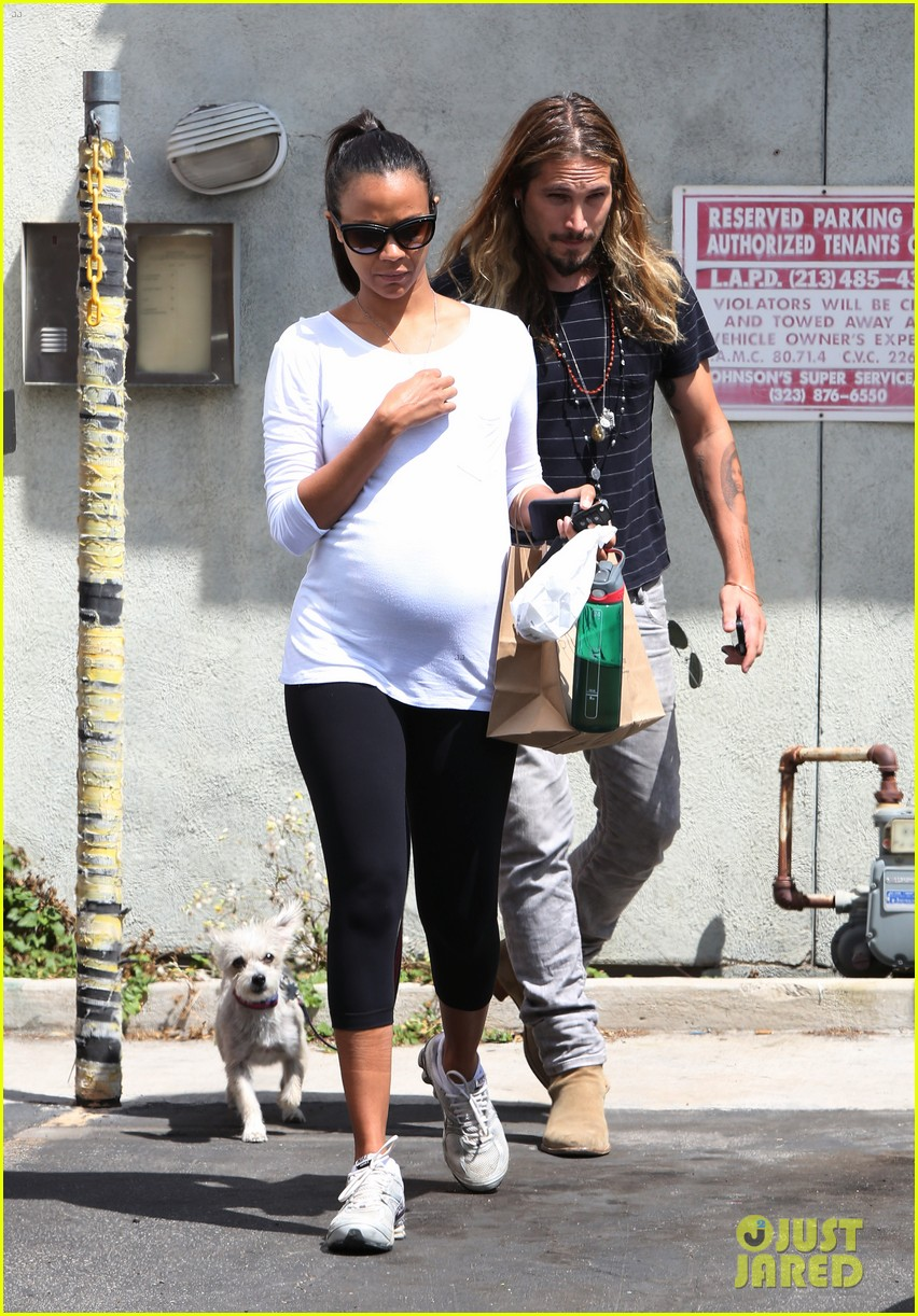 zoe saldana preps for baby at moms the word 01