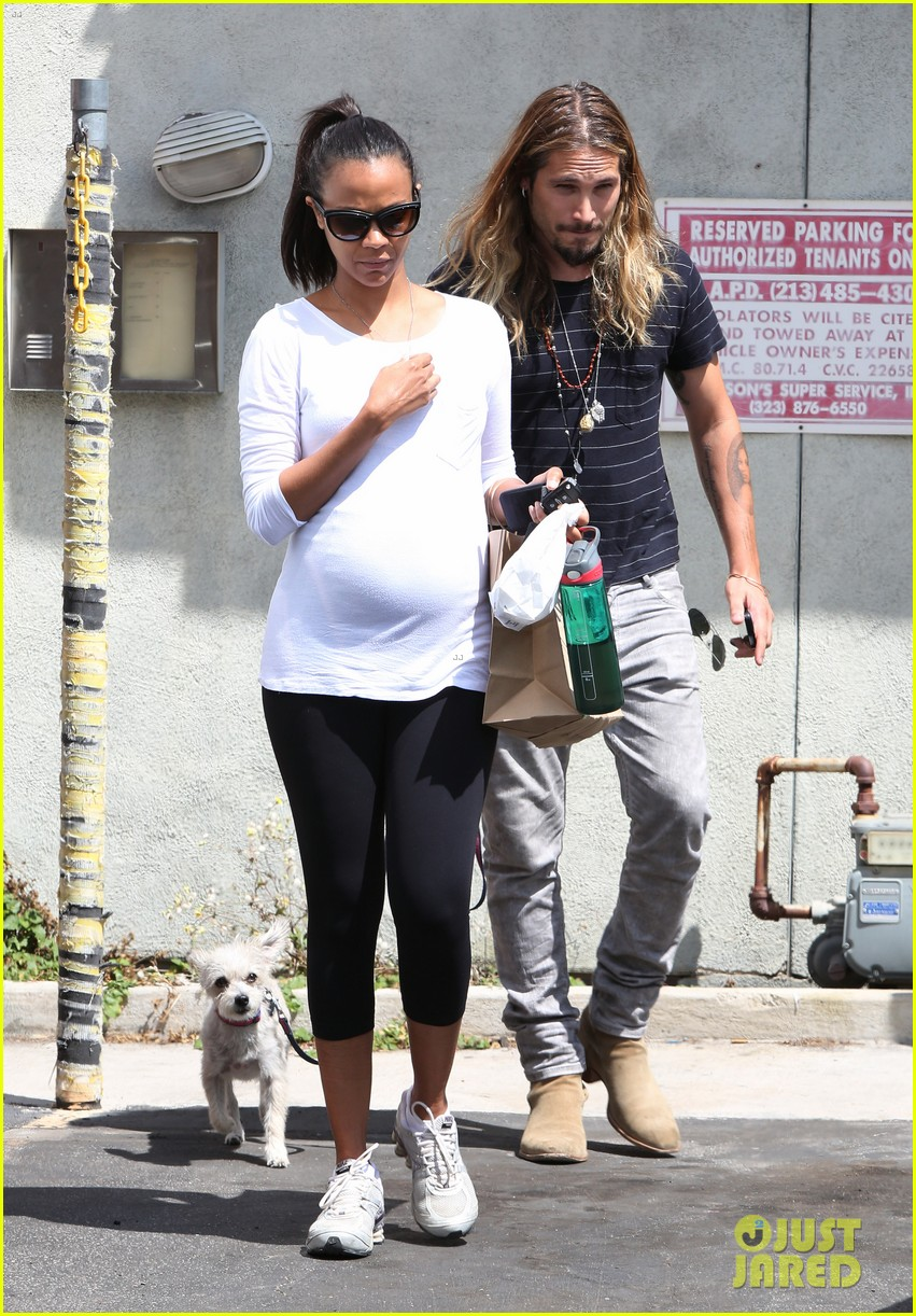 zoe saldana preps for baby at moms the word 16