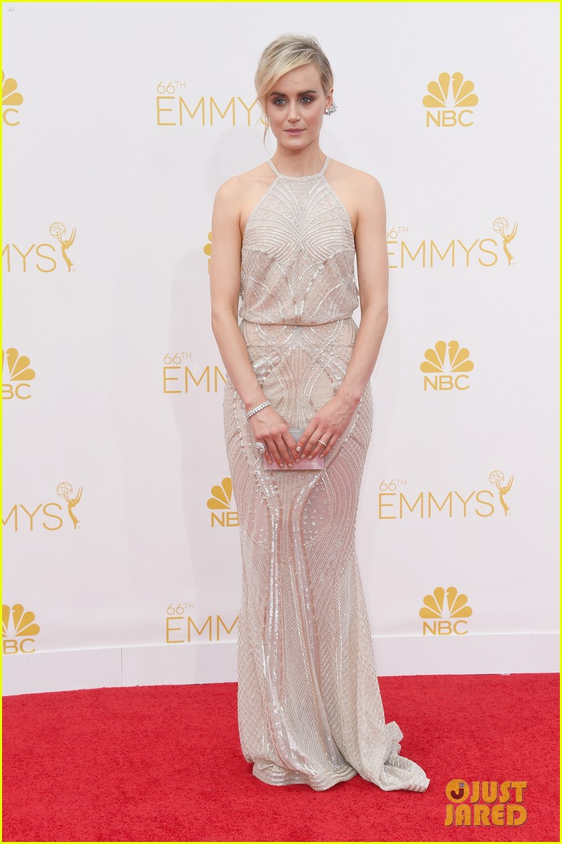 taylor schilling emmys 2014 04