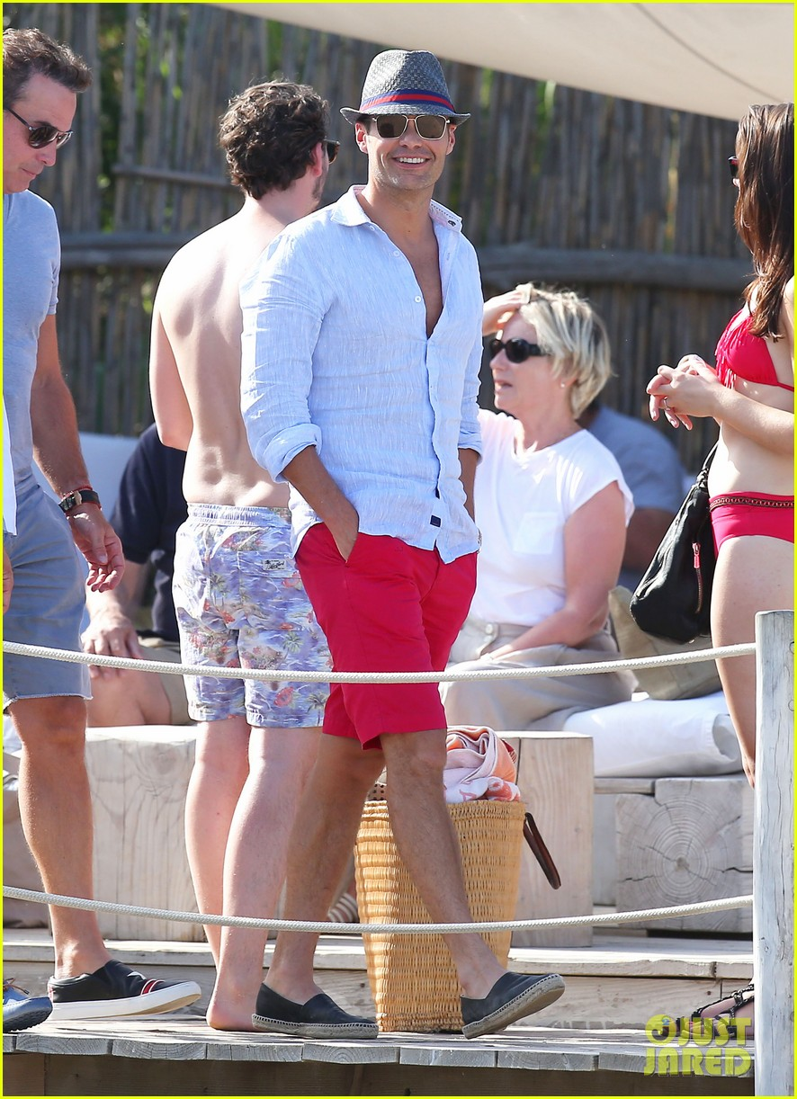 ryan seacrest shirtless yacht girlfriend shayna taylor bikini 26