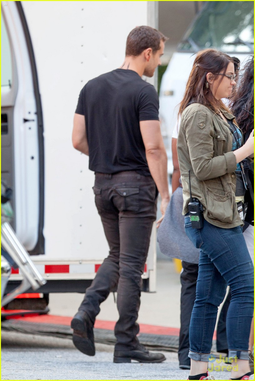 shailene woodley theo james insurgent set filming 04