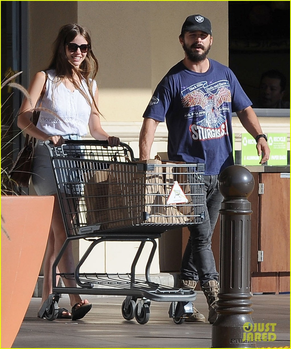 shia labeouf girlfriend mia goth lemonade lunch lovers 013186950