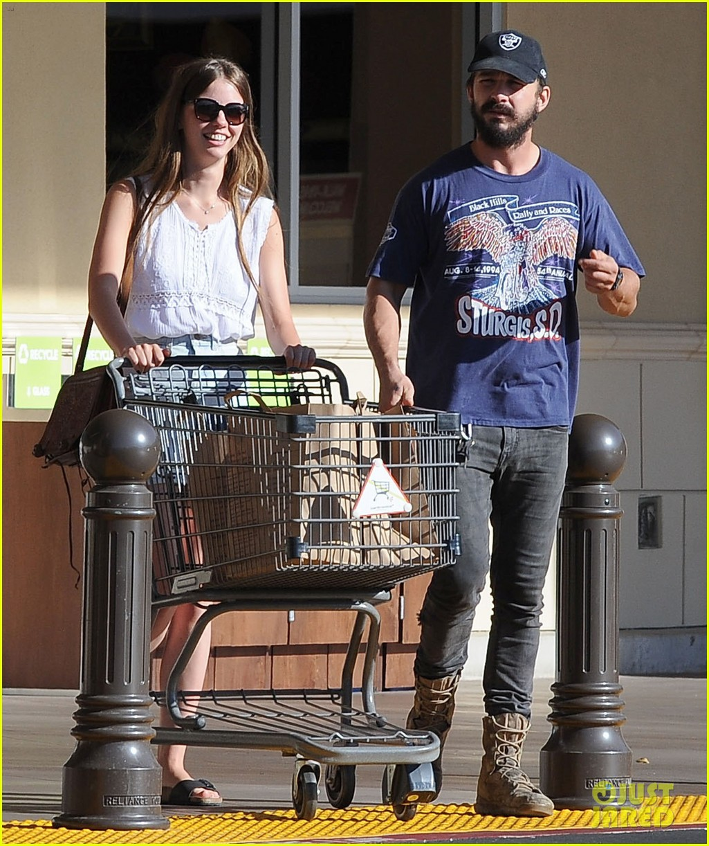 shia labeouf girlfriend mia goth lemonade lunch lovers 03