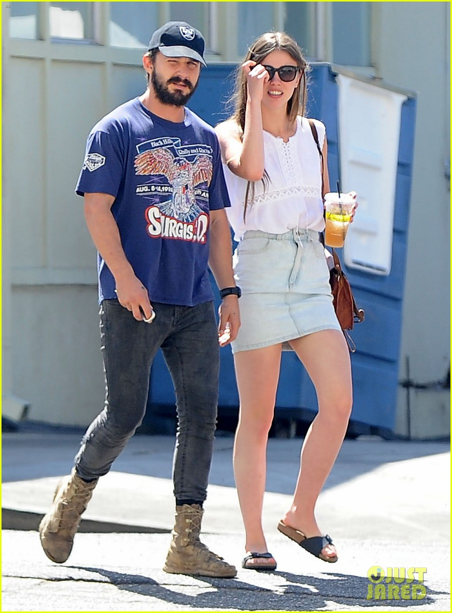 shia labeouf girlfriend mia goth lemonade lunch lovers 17