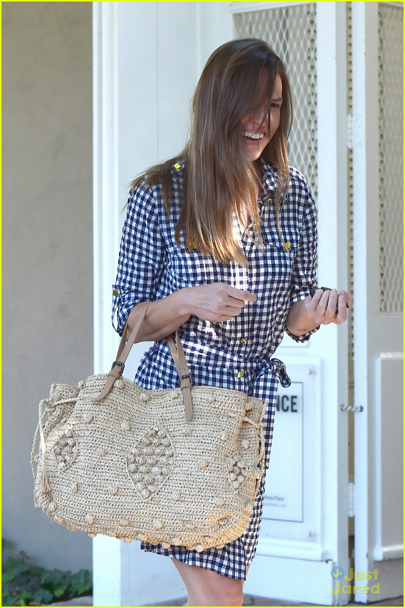 hilary swank laughing after coffee 09