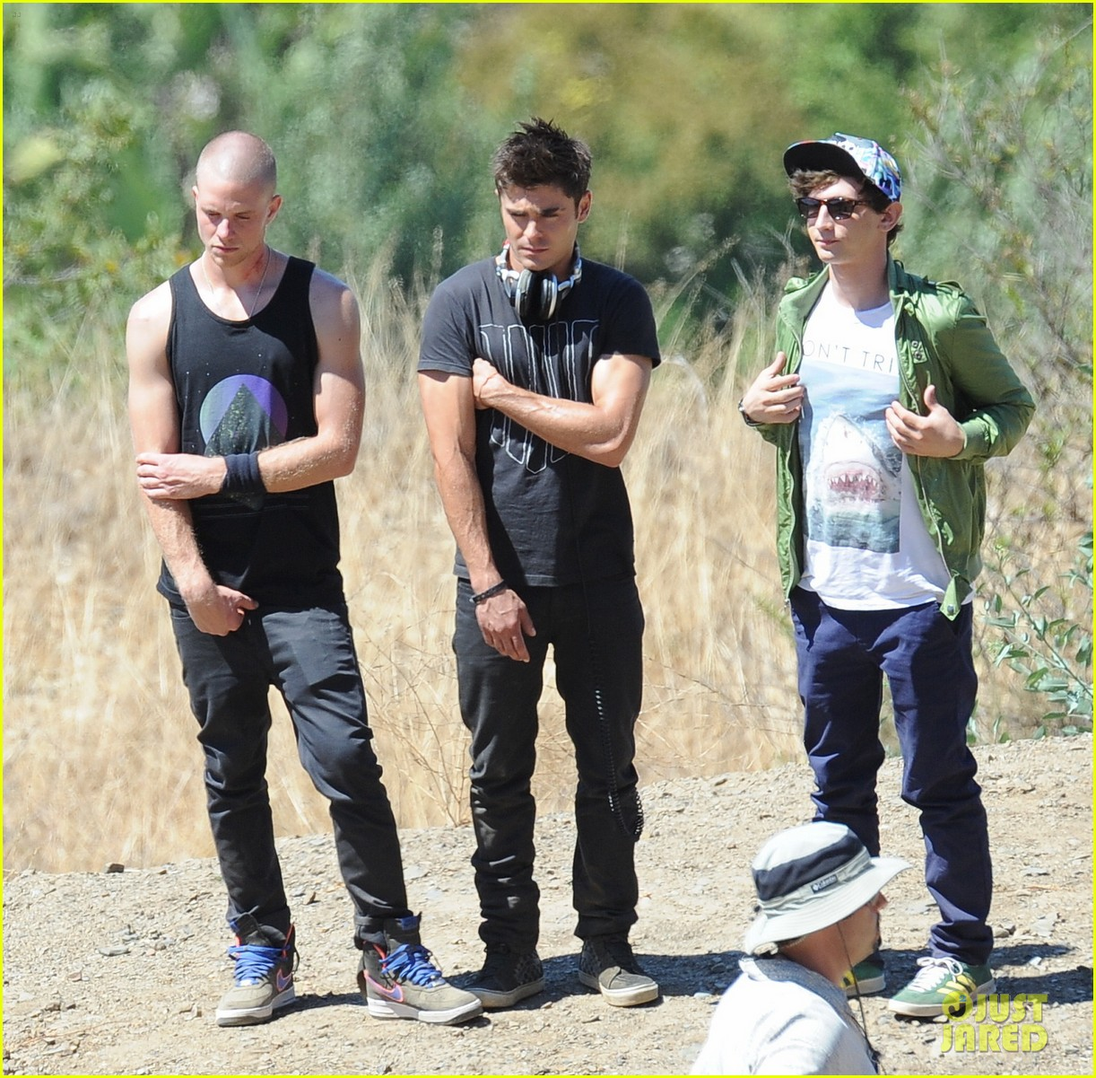 zac efron tree desert we are your friends set 113180420