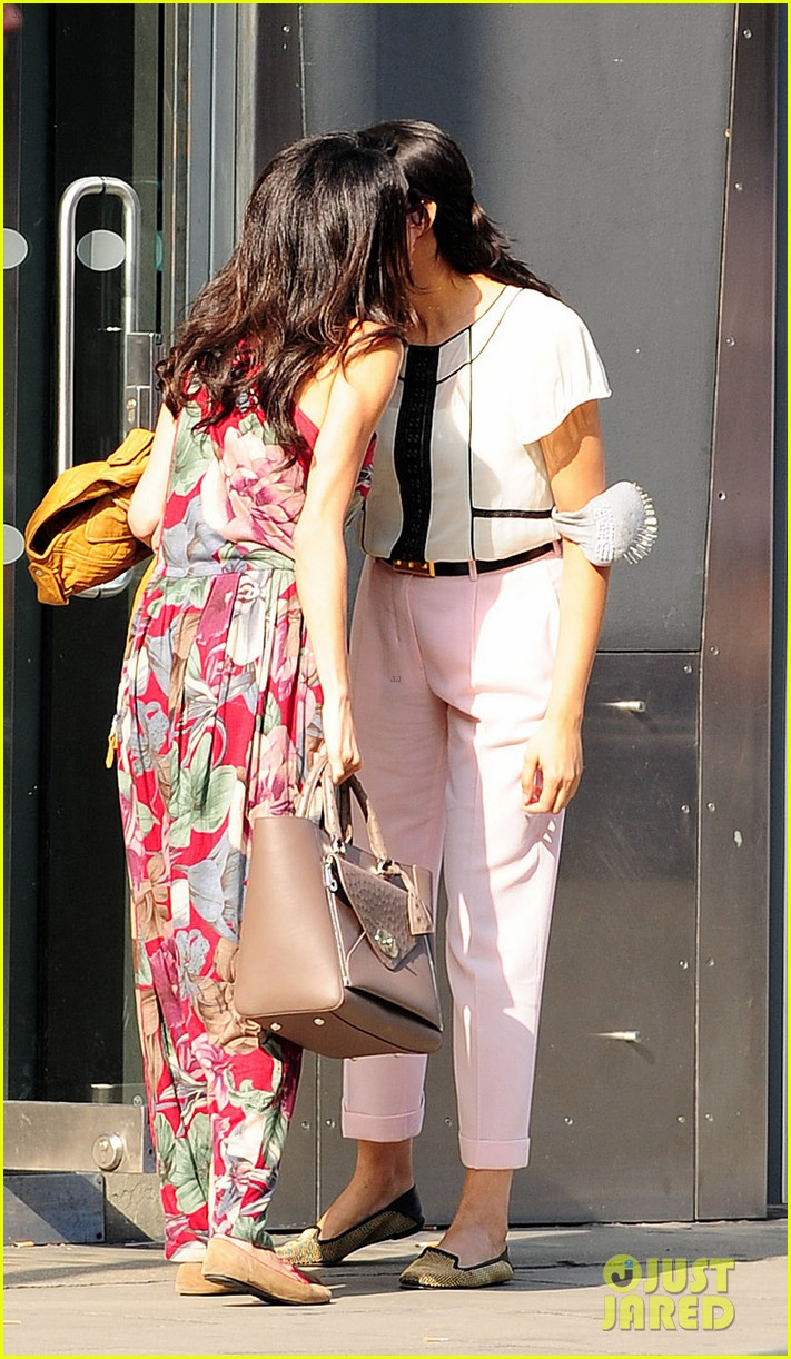 amal alamuddin goes for a fitting at alexander mcqueen 123189372