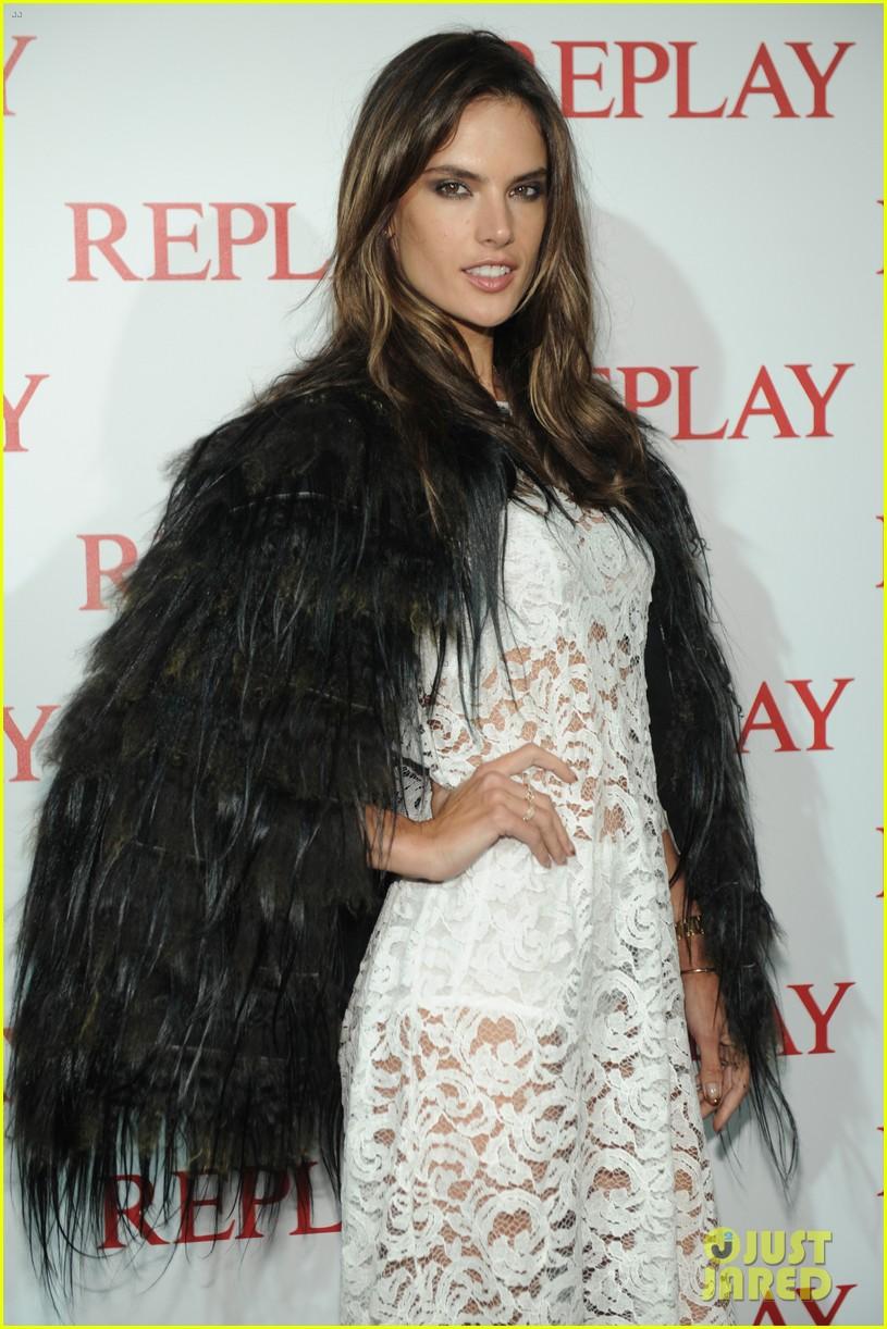 alessandra ambrosio fashion replay during milan fashion week 123201089