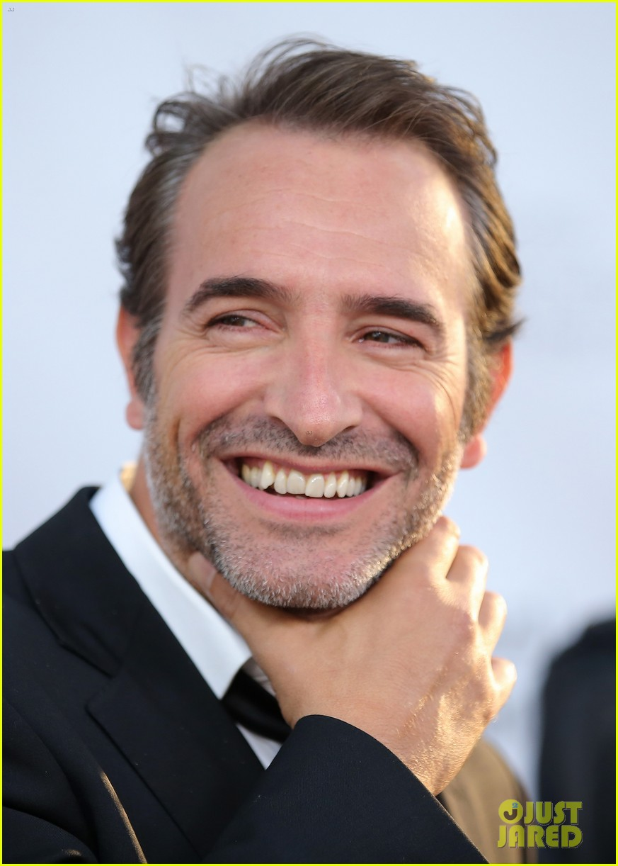 Jean dujardin berenice bejo bring their 39 art 39 to toronto for Jean dujardin photo